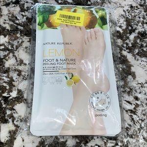 NEW nature republic lemon peeling foot mask set